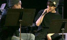 """#wattpad #fanfic -""""¿A que persona le haz tenido mas Cariño?"""" -Jungkook .-menciono suga -""""Me gusta Suga """" Gracias a la Portada  @PanconQueso34"""