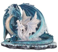 Full Color Design Toscano QS92709 Golden Yolk Dragon Hatchling Statue