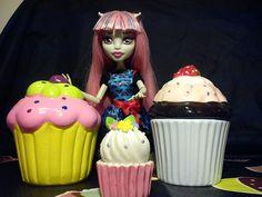 Rochelle Goyle cupcake
