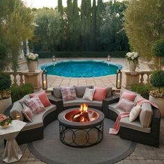 In create outdoor backyard design, you must first determine its function, as a park, a hangout, a playground or as a place to reflect. Small Patio Ideas On A Budget, Budget Patio, Outdoor Rooms, Outdoor Living, Outdoor Decor, Backyard Patio, Backyard Landscaping, Landscaping Ideas, Backyard Ideas