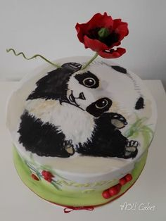 Panda with poppy - cake by MOLI Cakes