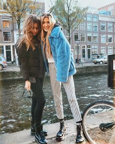 """11.3 mil curtidas, 109 comentários - Olivia. (@oliviabynature) no Instagram: """"So my new #vlog just went liveeeee yayay. All about my trip to Amsterdam ❄️ featuring this lovely…"""""""