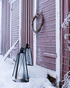 @hetkiamaalla Home Photo, Winter Wonderland, Ladder Decor, Photos, Home Decor, Art, Art Background, Decoration Home, Room Decor