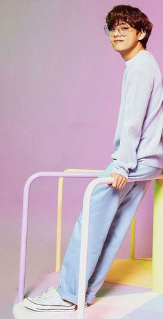 Bebe Love, V Bts Cute, Taehyung Photoshoot, Kim Taehyung, Bts Aesthetic Pictures, Bts Playlist, Bts Korea, Bts Lockscreen, Album Bts