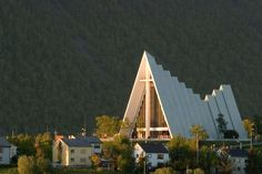"""The """"Arctic Cathedral"""" in Tromsø, example of modern church architecture in Norway Sacred Architecture, Religious Architecture, Church Architecture, Unique Architecture, Origami Architecture, Tromso, Modern Church, Church Design, Church Building"""