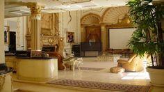:) Edir Macedo construiu uma casa com 2.000 metros quadrados em Campos do Jordão e a revista VEJA visitou a casa e conseguiu algumas fotos. A casa conta co
