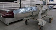 Disso Voce Sabia?: Analistas: EUA testam nova bomba nuclear para colocá-la na Europa