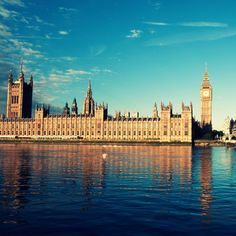 Her på kontoret er vi flere der rejser til London flere gange årligt på storbyferie.  Læs mere om London her: http://www.apollorejser.dk/rejser/europa/billige-rejser-til-london Find din næste storbyferie: http://www.apollorejser.dk/rejser/storbyferie