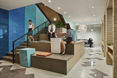 Realys Design and Build has completed Westpac Banking Corporation's Regional Headquarters in Singapore. Interior Work, Interior Design, Banks Office, Executive Office Furniture, Tiered Seating, Commercial Interiors, Office Interiors, Interior Inspiration, Singapore