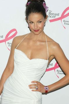 Ashley Judd at Breast Cancer Research Foundation party (4-10-2006)