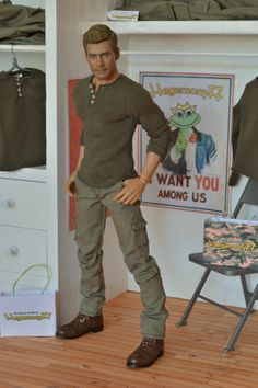free printable ken doll clothes patterns - Google Search; lots of great looking patterns. Diy Barbie Clothes, Sewing Doll Clothes, Sewing Dolls, Doll Clothes Patterns, Clothing Patterns, Doll Patterns, Dress Patterns, Diy Ken Doll Clothes, Ag Dolls