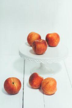 peach crumble pie | the vanilla bean blog