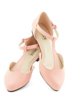 Favorite Treats Flat in Pink, #ModCloth. A classic shape and pastel pink to go with all my favorite dresses.
