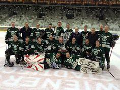 Bild från Twitter.  Färjestad veteraner mästare i Wien 2013 Stort grattis. <3 Färjestad