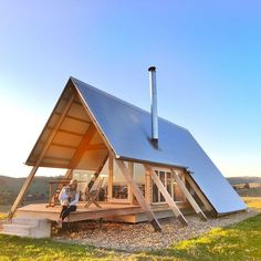 Architecture House Tiny Homes ― 「If there's no one else for miles and your tiny house looks like this, you might be glamping…」 Tiny House Cabin, Tiny House Living, Tiny House Design, Cabin Homes, My House, Building A Tiny House, A Frame Cabin, A Frame House, Cabins In The Woods