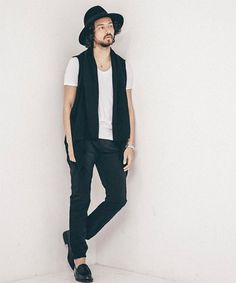 CAMBIO S/S Style No.25  Cardigan : CAMBIO  T-shirt : CAMBIO  Bottom : CAMBIO  Hat : KIJIMATAKAYUKI  #CAMBIO #カンビオ #kijimatakayuki #style #cordinate #コーデ #コーディネート #今日のコーデ #fashion #menswear #mensfashion #apparel #ファッション #メンズファッション #アパレル #spring #summer http://www.butimag.com/fashion/post/1481621623110047324_2952421464/?code=BSPxwQpAxZc