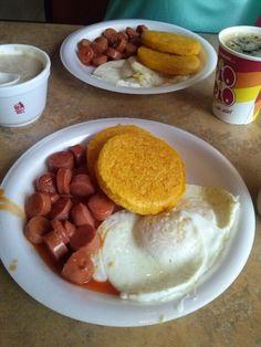 Desayuno tipico Panama. Con mi amado @ Josueth. Emilio