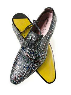 Auffallend, trendig und mit einem ganz besonderen Touch – So lassen sich die Schuh-Designs von Floris van Bommel wohl am besten beschreiben (Foto: Floris van Bommel).  #florisvanbommel #schuhede
