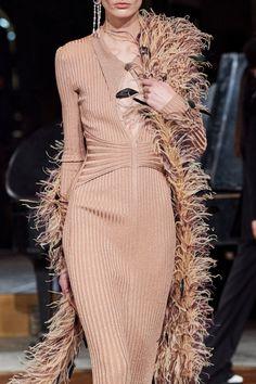 Prabal Gurung Fall 2020 Ready-to-Wear Fashion Show - Vogue Vogue Paris, Couture Fashion, Fashion Show, Prabal Gurung, Models, Fashion Sewing, Mannequins, Dance Wear, Fashion Details