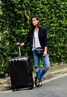 harper-and-harley_cathay-pacific_what-to-wear-when-travelling_6