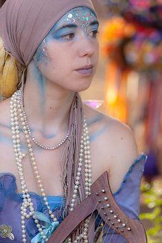 Lovely fairy Renaissance Fashion, Renaissance Fair, Fairy Makeup, Fun Makeup, Siren Costume, Fairy Tale Images, Character Makeup, Just Pretend, Merfolk