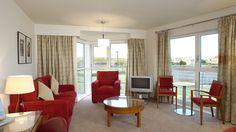 Doubletree by Hilton Aberdeen City Centre Hotel, Aberdeen, UK - Platinum Bedroom Lounge Area