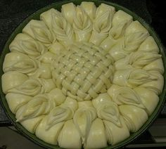 Pane decorato