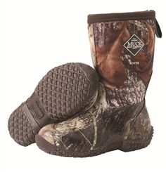 Muck Boots Youth's Rover II Mossy Oak Break-Up is waterproof boots designed for youths which comes with stretch-fit topline binding which snugs ankles to keep unwanted dirt and pebbles out. Camo Muck Boots, Boys Rain Boots, Hunting Boots, Kids Boots, Deer Hunting, Muck Boot Company, Waterproof Winter Boots, Shoe Brands, Snow Boots
