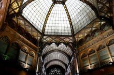 Luxushotel lesz a Párisi Udvarból http://epiteszforum.hu/luxushotel-lesz-a-parisi-udvarbol