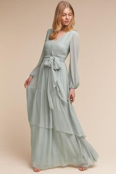 Fabulous Long Sleeves Prom Dress Billowing Sleeves V Neck Tiered Skirt Flowy Chiffon DressFloor Length Customize Made 2018 New Fashion Prom Dress Prom Dresses Long With Sleeves, Chiffon Dress Long, Pretty Dresses, Beautiful Dresses, Hijab Stile, Hijab Dress Party, Outfit Essentials, Quince Dresses, Blue Bridesmaid Dresses