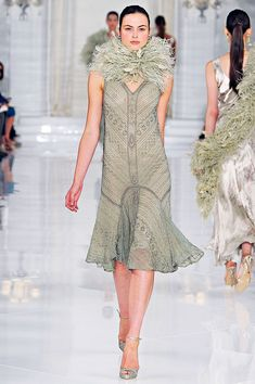 Ralph Lauren / Spring 2012 RTW ON TREND - Pastels 1920's Glamour The Great Gatsby Inspirations -Flapper & Feather Boa