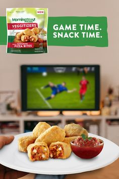 When it comes to game day snacks, new MorningStar Farms® Pizza Bites are the clear winner. Made with 100% plant-protein, our Pepperoni and Sausage Pizza Bites are sure to gather cheers from the at-home team. Rib Recipes, Seafood Recipes, Keto Recipes, Snack Recipes, Cooking Recipes, Sandwich Recipes, Veggie Recipes, Premade Freezer Meals, Easy Casserole Recipes