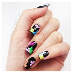 Please follow our website for your beautiful nails~