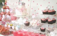 """It's My Party"" in pink tablescape"