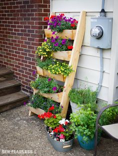 Cedar Ladder Planter | Do It Yourself Home Projects from Ana White
