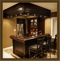 Custom Home Bar, the bar store Source by mfuette bar Home Wet Bar, Diy Home Bar, Modern Home Bar, Home Bar Decor, Bars For Home, In Home Bar Ideas, Home Bar Plans, Basement Bar Plans, Basement Bar Designs