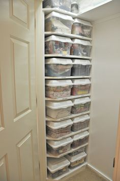 great storage, the edges of the shelves are trimmed, good idea