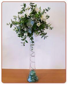 arreglos florales modernos con piedras - Buscar con Google