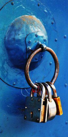 Key | キー | ключ | Chiave | Clé | Clave | Lock | Cerrar | Bloquer | запирать | Bloccare |