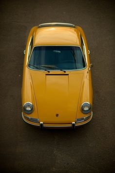 #porsche #911 #70s #classic #retro #yellow #sportscar #german
