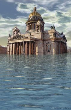 St Petersburg, Russia: St Isaac's Cathedral during the flood, 2006