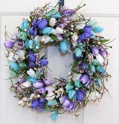 Pink Wreath, Tulip Wreath, Berry Wreath, Floral Wreath, Wreaths For Front Door, Door Wreaths, Halloween Mesh Wreaths, Fall Deco Mesh, Purple Tulips