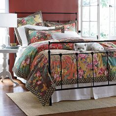 The perfect bedding to add a chic and boho flair to any bedroom!