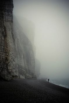 Love the use of shadowing at the edges of the picture with the rolling fog in the backround creating a beautiful image.