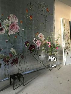That background could make a beautiful feature wall if painted onto the wall. Hand Made , That background could make a beautiful feature wall if painted onto the wall. That background could make a beautiful feature wall if painted onto the . Wall Painting Flowers, Floral Paintings, Wall Murals, Wall Art, Home Wallpaper, Wall Treatments, Wall Design, Backdrops, Decoration