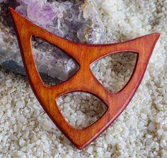 Schalring aus Holz, ideal für leichte und schwerere Tücher und Schals, sehr formschön und stabil von AtelierSinger auf Etsy