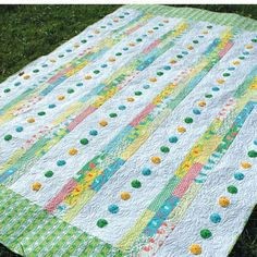 Jellyroll Quilts, Scrappy Quilts, Easy Quilts, Kid Quilts, Flannel Quilts, Quilting Projects, Quilting Designs, Quilting Ideas, Quilt Design