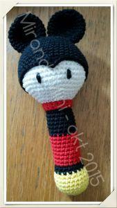 mickey rammelaar, gratis patroon, Nederlands, kraamcadeau This video features many of my per Crochet Mickey Mouse, Crochet Disney, Minnie Mouse, Crochet Baby Toys, Baby Blanket Crochet, Mobiles, Elephant Bedding, Baby Room Pictures, Vinyl Gifts