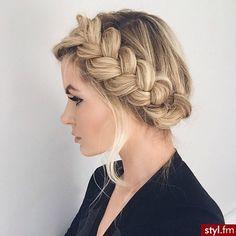 Słodkie fryzury z długich włosów dla brunetek i blondynek - Strona 12