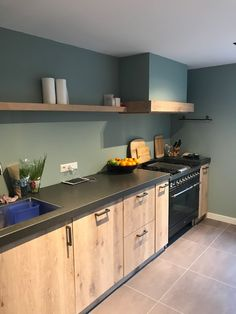 Tailored kitchen in Noordwijk. - Home Accents Trends of 2019 Cheap Kitchen, Open Kitchen, Kitchen Pantry Storage, Home Accents, Kitchen Interior, Countertops, Sweet Home, New Homes, Kitchen Cabinets